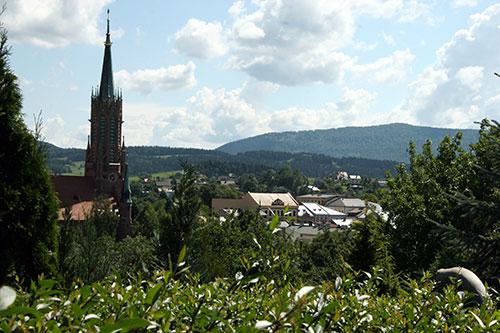 Grybów, miasteczko wśród zieleni gór