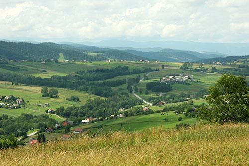 Wojciechowa Góra, droga na Cieniawę